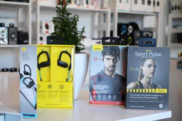 dāvanas sportiskiem cilvēkiem | pulsometrs.lv | jabra bluetooth austiņas
